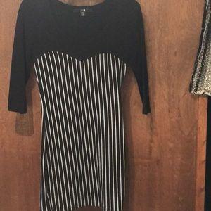 Forever 21 black and white stripes 3/4 dress